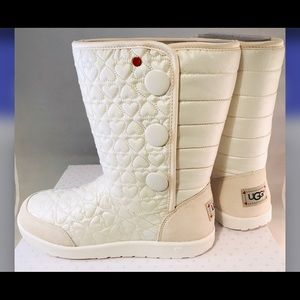 Off white hearts UGG boots size 5